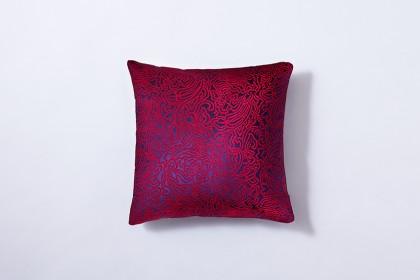 cushion_butterfly-arabesque_darkmagenta1