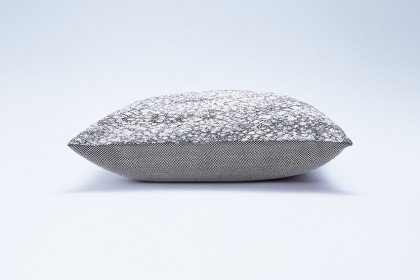 cushion_sunago_silverdust3